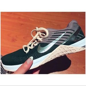 💕 Nike Metcon DSX 💕